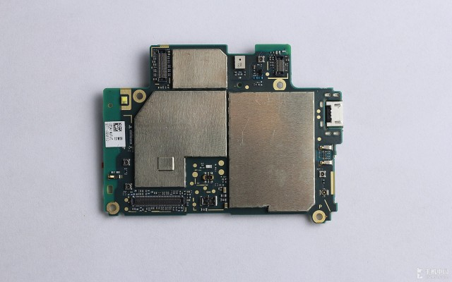 Xperia-Z2-disassembly-guide_15